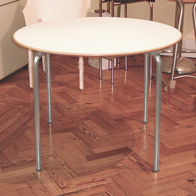 ... Kartell Maui Table Round Top ...
