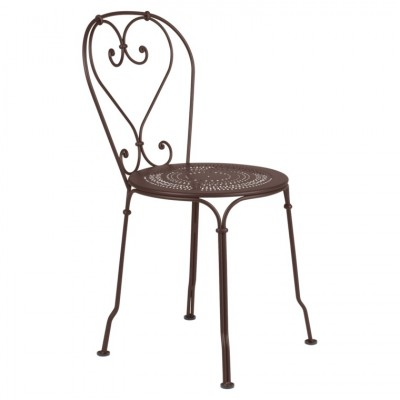 Fermob 1900 Chair - A Traditional yet Comfortable Metal Garden Chair